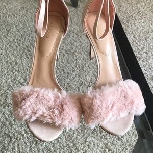 pink fluffy aldos